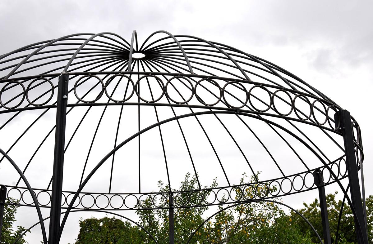 Jolie gloriette pour un parc de château